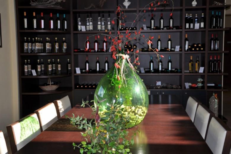 Olympia Land Winery Wine Tasting