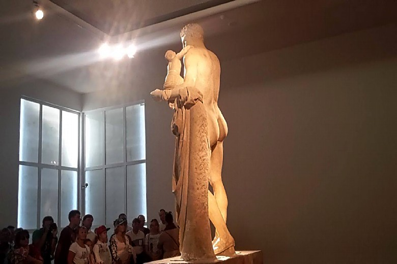 Olympia_archaeological_museum_Hermes_statue shore_excursions